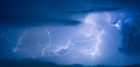 Effectively manage lightning risks for complex applications